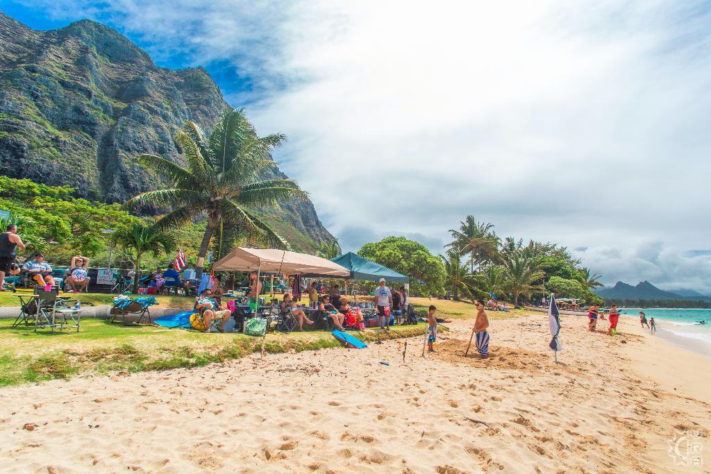 Kaiona Beach Park in Waimanalo, Oahu, Hawaii   Hawaiian ...