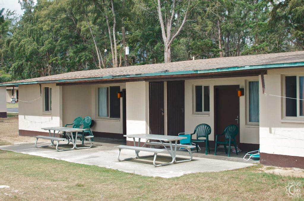 Bellows military cabins lodging rentals bellows air force for Cabins in oahu