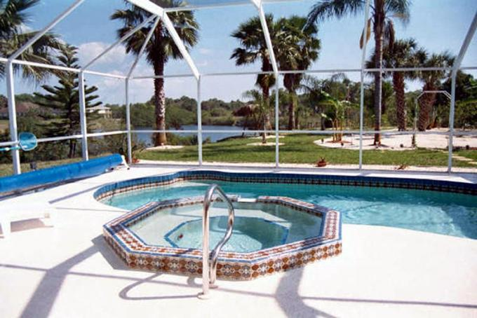 Water Front Heated Pool Spa and private Fishing Pier