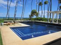 Diamond Head beachfront rentals
