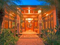 Kahala vacation homes