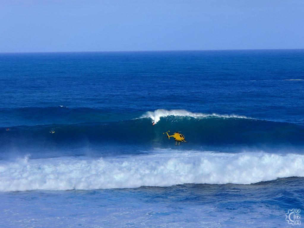 Extreme Surf Watching At Jaws Aka Peahi