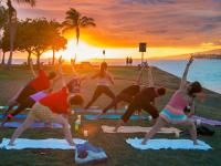 Honolulu thingtodo: Sunset Yoga at Magic Island